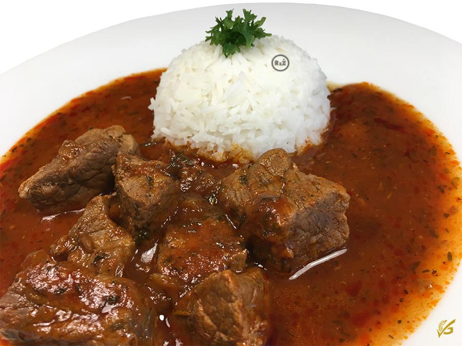 Fotografie z naší kuchyně - detail hlavního jídla na talíři - Bezlepkové hovězí nadivoko | Bezlepkové recepty | 39. recept