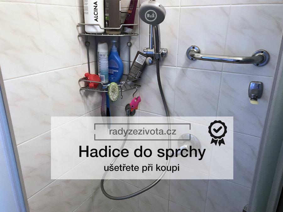 Fotografie hadice do sprchy ve sprchovém koutě   Hadice do sprchy