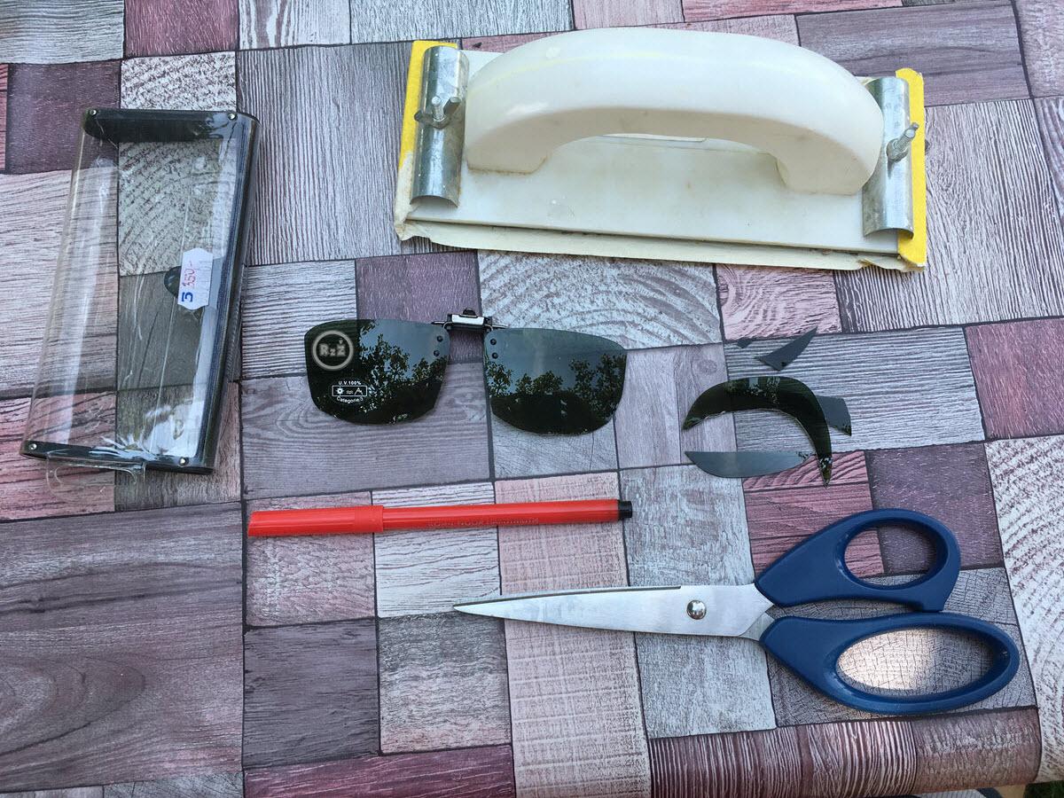 Co budete potřebovat na úpravu polarizačního klipu? 1) Fix, 2) Nůžky, 3)Smirkový papír | Sluneční dioptrické brýle | Polarizační klip | Motýlek | Zdraví